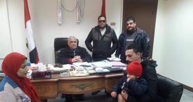 محافظ بورسعيد يخصص وحدة سكنية لأسرة طفل مريض بالسرطان