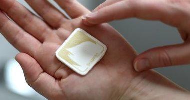 ابتكار قطع صغيرة تذوب فى الماء بديلة للشامبو للحد من البلاستيك
