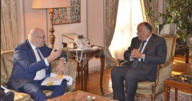 شكرى يبحث مع مسؤول أوروبى إمكانية تدشين تعاون ثلاثى زراعى مع دول إفريقيا