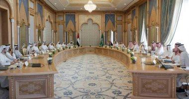 السعودية والإمارات يعتزمان إطلاق عملة افتراضية إلكترونية بينهما