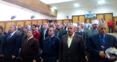 محافظ جنوب سيناء: مد خدمة رئيس مدينة شرم الشيخ لمدة عام