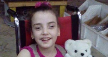 """مأساة الطفلة """"ريم"""" مصابة بضمور فى المخ وأسرتها تناشد بتوفير العلاج"""