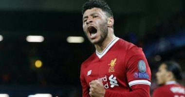 تشامبرلين يسجل هدف ليفربول الثاني ضد جينك من صناعة محمد صلاح.. فيديو