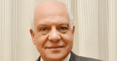 محافظ الجيزة: تقييم دورى لنواب رؤساء الأحياء والمدن
