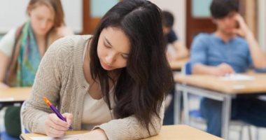 حاسس بتوتر وقلق من الامتحان.. 6 نصائح تساعد على تهدئة أعصابك
