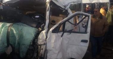 صور.. وفاة أحد مصابى حادث الطريق الدولى بالبحيرة وارتفاع الضحايا لـ11 شخصا