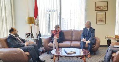 سفير مصر فى كندا يلتقى مسئولى المجلس الكندى الدولى