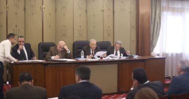تشريعية النواب توافق على تعديلات فى قانونى المرور حول سيارات الدفع الرباعي