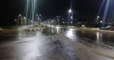 صور.. سقوط أمطار رعدية غزيرة وثلوج على رأس غارب وإغلاق طريق الزعفرانة