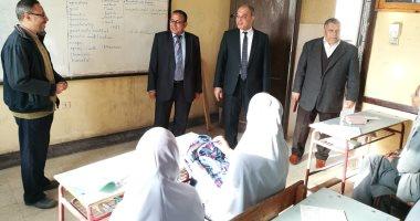 صور.. تعليم القليوبية: تسليم التابلت للطلاب وانتظام الدراسة ب2400 مدرسة