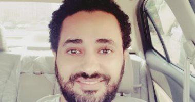 على طريقة محمد صلاح.. قارئ يشارك بصوره قبل وبعد الدقن: كانت هيبة وسنى صغر