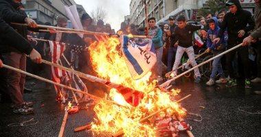 صور.. الإيرانيون يحتفلون بالذكرى الـ40 للثورة