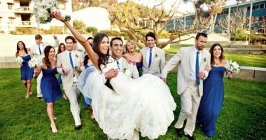 بين التقاليد والموضة.. اعرفى سبب الفستان الأبيض ورمى بوكيه الورد فى الفرح