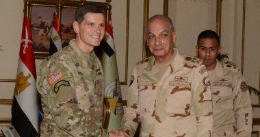 وزير الدفاع ورئيس الأركان يلتقيان قائد القيادة المركزية الأمريكية لبحث العلاقات