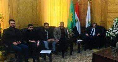رئيس جامعة بنها يلتقى وفدا من الطلاب العراقيين