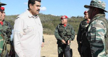 مادورو يأمر بفتح حدود فنزويلا مع كولومبيا المغلقة منذ فبراير