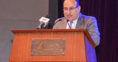 """محافظ الإسكندرية يوجه """"القومى لعلوم البحار"""" بمناقشة إحياء شواطىء المحافظة"""