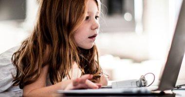 مقترحات جديدة بتغريم مواقع التواصل حال الفشل فى حماية الأطفال