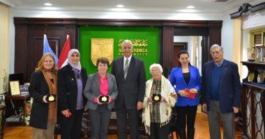 رئيس جامعة الإسكندرية يستقبل وفد المعهد الكندى لبحث تقديم برامج للدراسات العليا