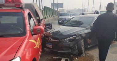 إصابة 11 شخصا فى حادث تصادم 3 سيارات أعلى كوبرى طرة بحلوان
