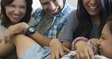 اعرف جسمك.. المناطق المسئولة عن إثارة الضحك فى الجسم