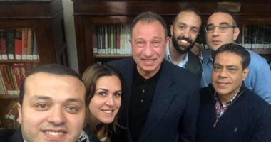 """شاهد .. """"سيلفى"""" اجتماع مجلس إدارة الأهلى مع محمود الخطيب"""