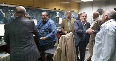 رئيس مترو الأنفاق والعضو المنتدب يتفقدان محطات الخط الثانى لمتابعة سير العمل