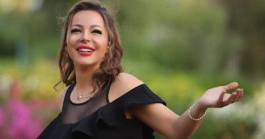 """فيديو.. هل تتزوج سوزان نجم الدين من """"الترزى"""" فراس سعيد فى مسلسل """"أبن اصول""""؟"""