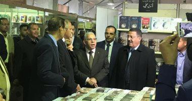 صور.. رئيس هيئة الكتاب والناشرين المصريين يفتتحان معرض الشيخ زايد للكتاب