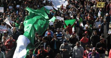 رويترز: مئات الآلاف من الجزائريون ينظمون أكبر احتجاجات مناهضة لبوتفليقة