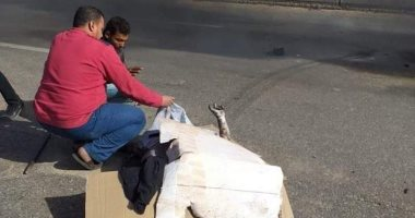 صور.. مصرع شخصين فى حادث تصادم سيارتين بالعاشر من رمضان