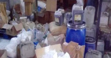 ضبط 7 آلاف عبوة مستحضرات تجميل منتهية الصلاحية داخل مخزن بالمرج