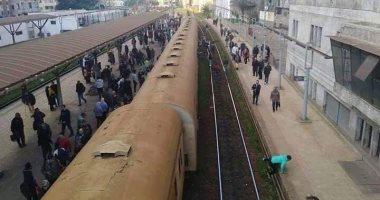 خروج قطارى ركاب عن القضبان بمحطة سيدى جابر بالإسكندرية دون إصابات