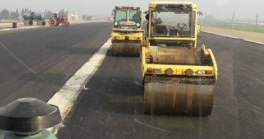صور.. رئيس جهاز تعمير سيناء: الانتهاء من طريق محور 30 يونيو فى أبريل المقبل