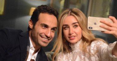 فيديو.. هنا الزاهد تصور أحمد فهمى بطرحة الزفاف