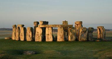 أكلوا 130 خنزيرا.. سر سفر البريطانيين القدماء مئات الأميال إلى ستونهنج