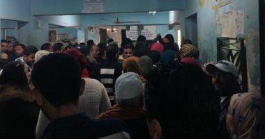 قارئ يشكو من تكدس المواطنين فى مكتب الشهر العقارى بالإسكندريه فرع السيوف