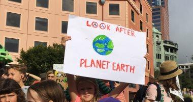 تظاهرات فى نيوزلندا لاتخاذ إجراءات رادعة لانقاذ الكوكب بسبب تغير المناخ