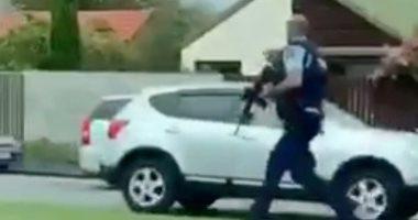 إطلاق نار فى محيط مسجد بنيوزيلندا وسقوط مصابين