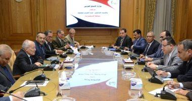 العصار  يبحث أوجه التعاون المشترك مع محافظتى الغربية والإسكندرية