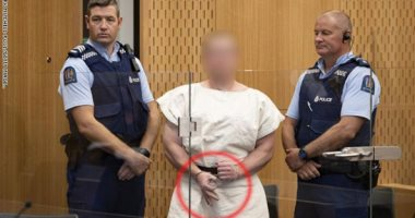 المتهم بمهاجمة مسجدى نيوزيلندا يسعى لنقل المحاكمة إلى أكبر مدن الدولة