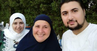 صور.. الأم المثالية بالغربية: توفى زوجى منذ 27 عاما وكافحت لتربية أبنائى