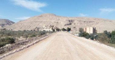 محافظ أسيوط: إنهاء تمهيد الطرق بمركز الغنايم استعدادًا لرصفها