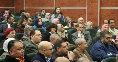 صور..رئيس المصرية للمطارات يجتمع بالعاملين للوقوف على آخر مستجدات الشركة