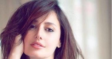 """حلا شيحة تسافر إلى السعودية من أجل تصوير  فيلم """"مش أنا """""""