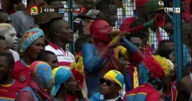 قميص الزمالك يظهر فى مدرجات مباراة الكونغو الديموقراطية وليبيريا