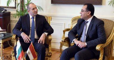 الرئيس البلغارى يشيد بمشروع الإسكان الاجتماعى وبناء 14 مدينة جديدة بمصر.. صور