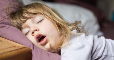 توقف التنفس أثناء النوم.. هل يمكن أن يهدد حياة الأطفال؟