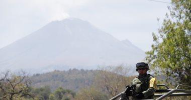 """صور.. المكسيك ترفع مستوى التحذير على خلفية ثوران بركان """"بوبوكاتبتبيل"""""""