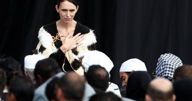 صور.. رئيسة وزراء نيوزيلندا تواصل تضميد جراح  أهالى ضحايا مجزرة المسجدين